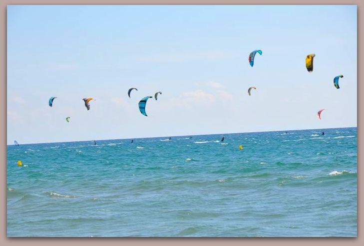 Kitesurfing in Castelldefels