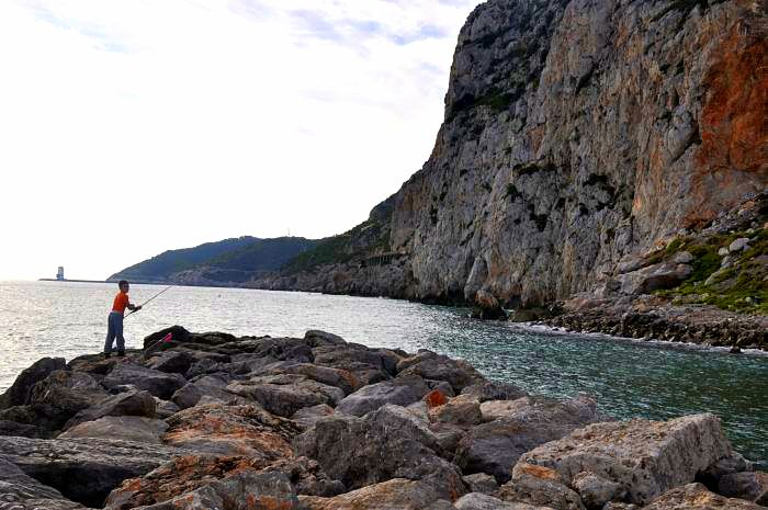 garraf -Fishing for the supper